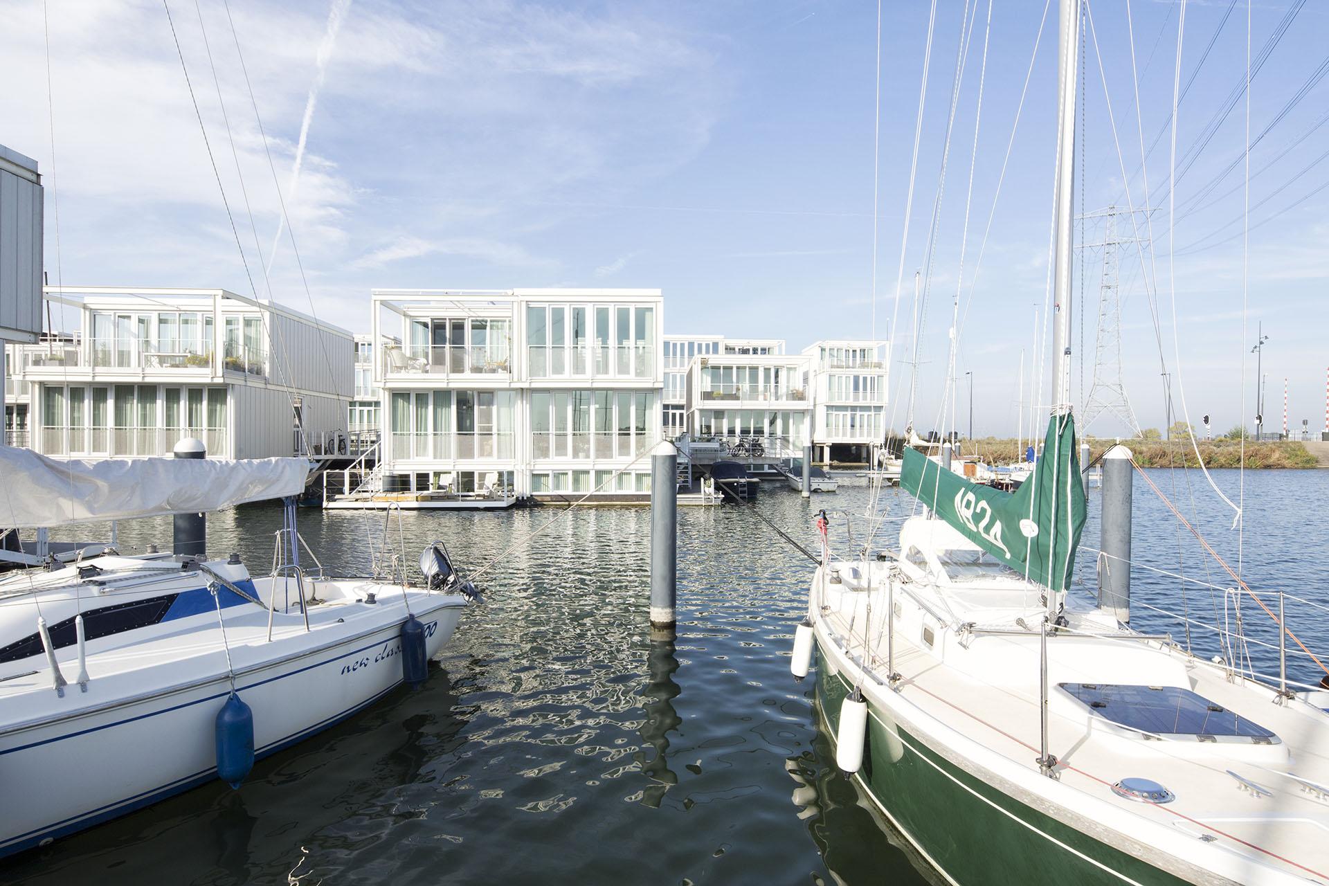 03-marc-koehler-amsterdam-simon-bosch-superlofts-architecture-architectuur- steigereiland-boot-boat