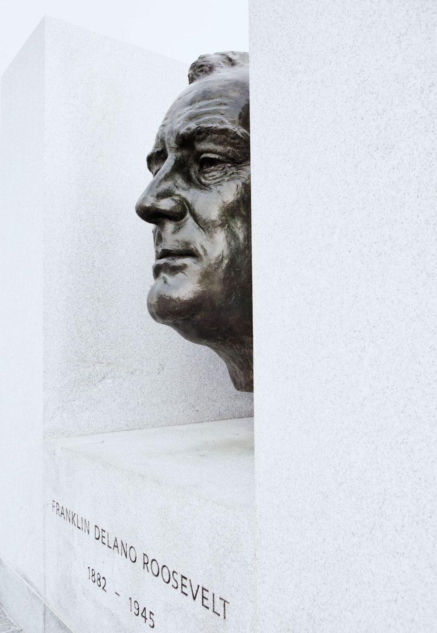 03-simonbosch-photography-simon-bosch-architectuur-architecture-bogota-colombia-New York-Louis Kahn