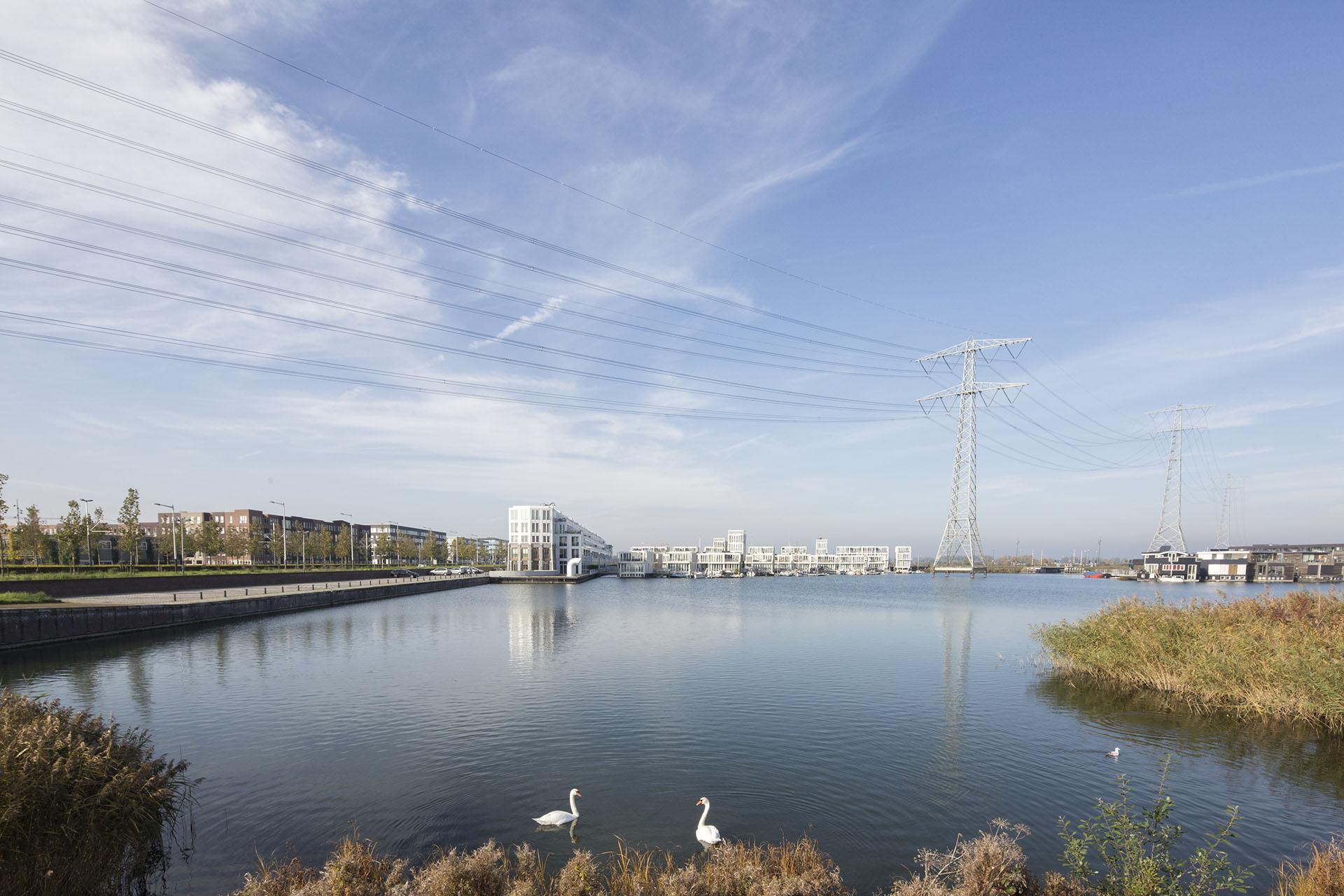 04-marc-koehler-amsterdam-simon-bosch-superlofts-architecture-architectuur- steigereiland-zwaan-swan