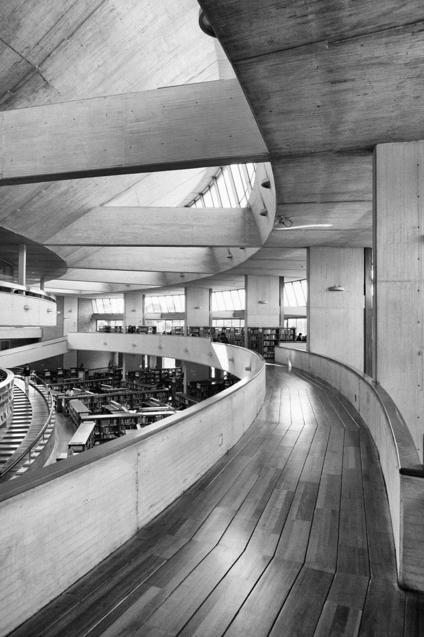 09-simonbosch photography-simon-bosch-architectuur-architecture-bogota-colombia-ArchDaily-Biblioteca Publica Virgilio Barco