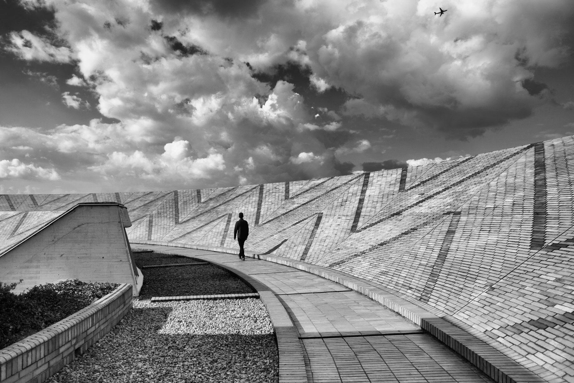 13-simonbosch photography-simon-bosch-architectuur-architecture-bogota-colombia-ArchDaily-Biblioteca Publica Virgilio Barco