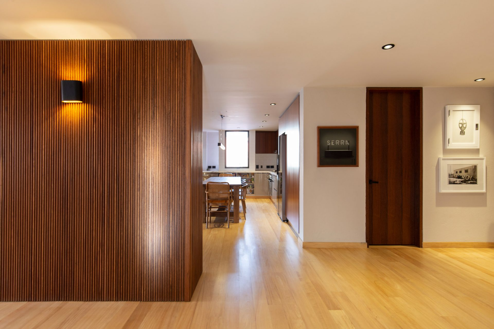 14.MLS_arquitectura_taller_tragaluz_interior_dutch_bogota_colombia_simon_bosch_photography